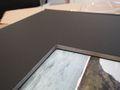 Détail de la fenêtre de couverture : Intérieur couleur brute et non couleur de la couverture